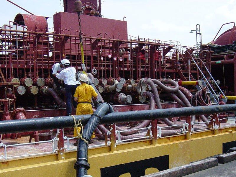 High Temperature Hose for Chemical and Petroleum Transfer